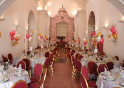 Salón con globos