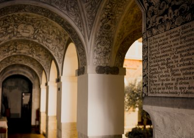 Detalles del claustro